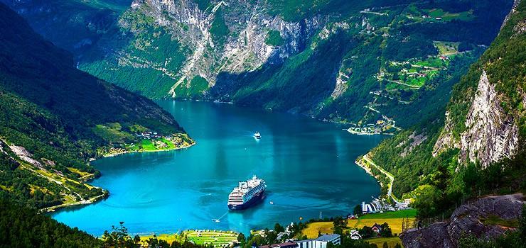 cruzeiro nos fiordes noruegueses